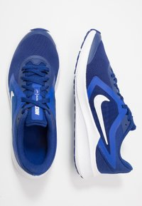 Nike Performance - DOWNSHIFTER - Neutral running shoes - deep royal blue/white/hyper blue - 0