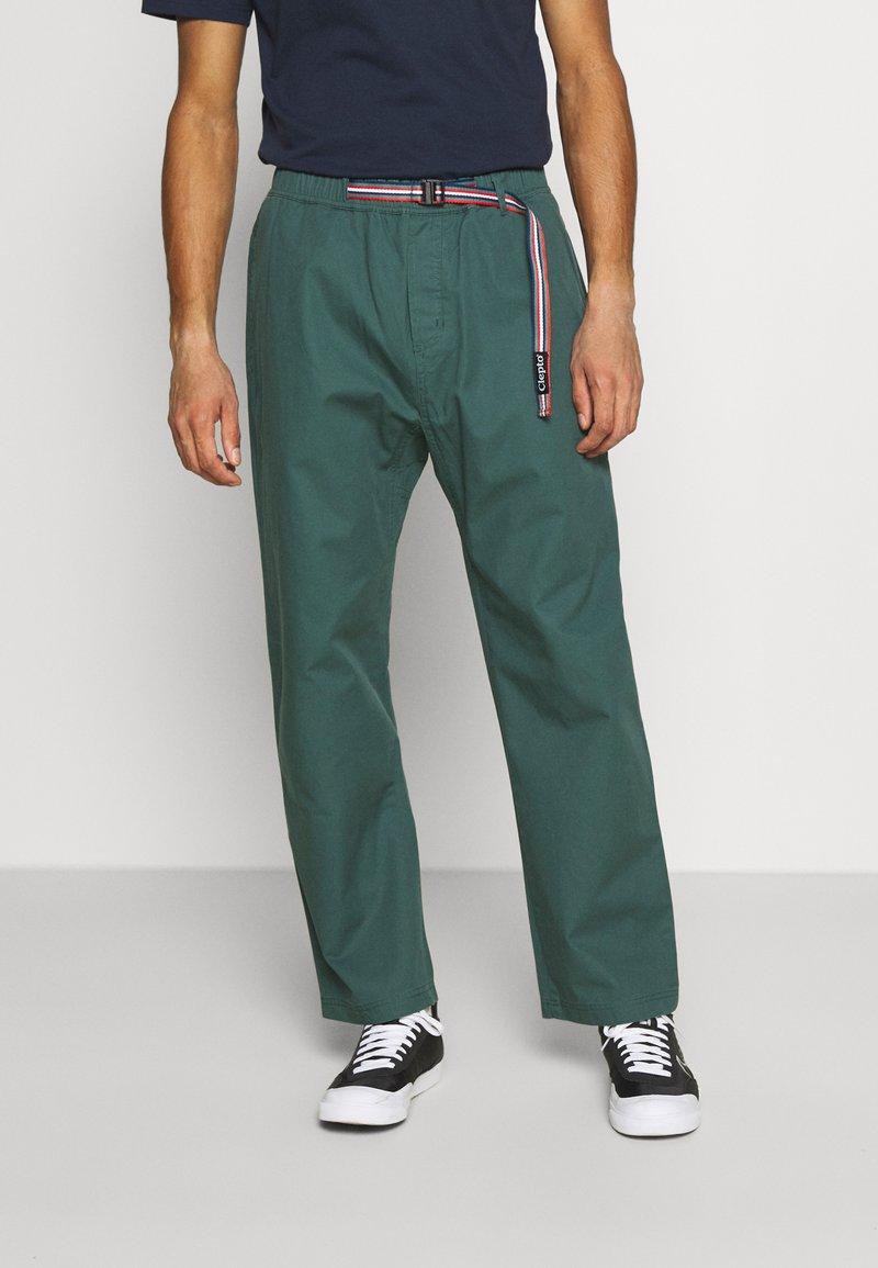 Cleptomanicx - TRANSIT TEAM - Trousers - north atlantic