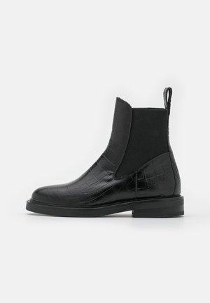 HAILEY - Korte laarzen - black