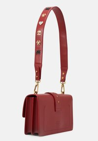 Pinko - LOVE CLASSIC ICON - Skulderveske - ruby red - 2