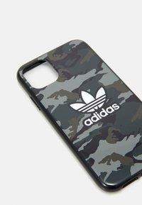 adidas Originals - UNISEX - Phone case - black/night cargo - 3