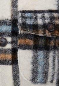 Bershka - Classic coat - stone - 5