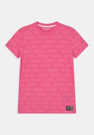 UNISEX - Print T-shirt - pop pink