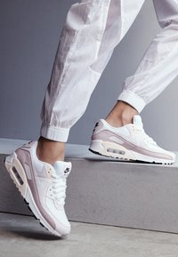 Nike Sportswear - AIR MAX 90 - Sneakers laag - white/champagne/light violet - 4