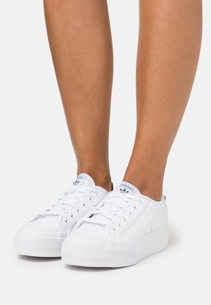 NIZZA SPORTS INSPIRED SHOES - Baskets basses - footwear white/core black
