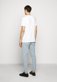 Les Deux - BRENON - Basic T-shirt - offwhite - 2