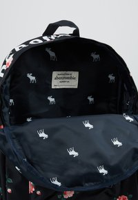 Abercrombie & Fitch - BACKPACK - Rucksack - navy ground - 5