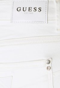 Guess - CURVE - Jeans Skinny Fit - paper moon - 4