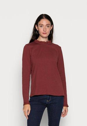 Long sleeved top - garnet red