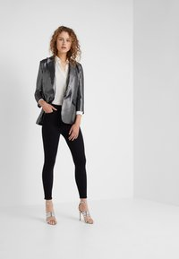 Frame Denim - ALI HIGH RISE CIGARETTE - Jeans straight leg - noir - 1