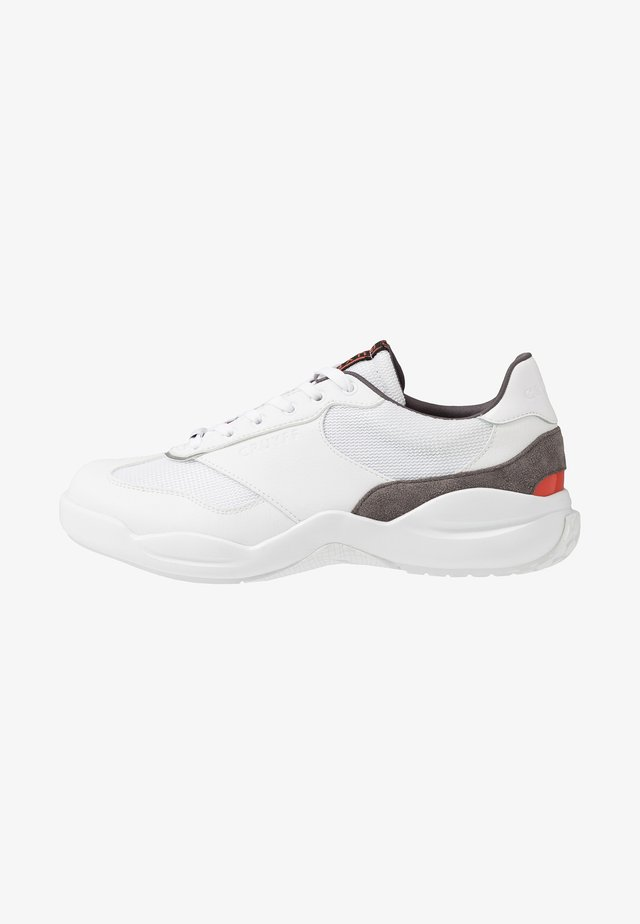 LIGA - Trainers - white