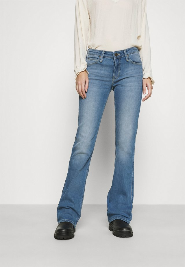 HOXIE - Bootcut jeans - mid iris