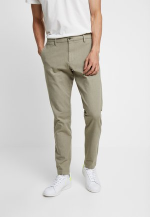 SMART FLEX TAPERED - Trousers - doyle earth moss