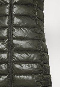 Q/S designed by - OUTDOOR - Zimní kabát - olive - 5