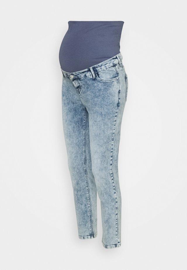 PANTS - Slim fit jeans - lightwash