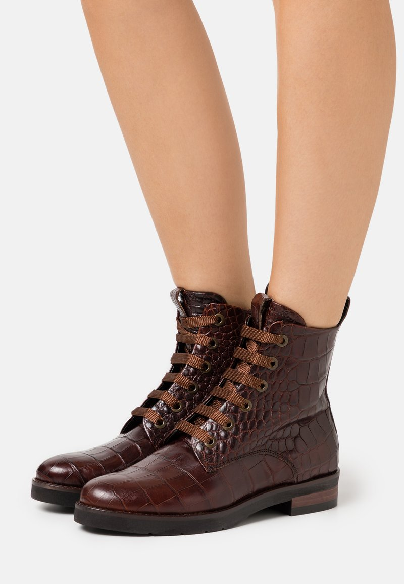 Maripé - Lace-up ankle boots - hot coffee