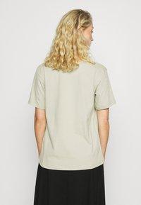 Zign - Botanical dyed top - Basic T-shirt - olive - 2
