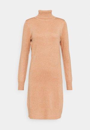 MILASZ ROLLNECK DRESS - Jumper dress - pecan brown