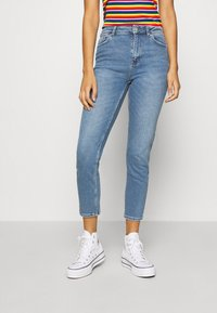 ONLY - ONLERICA LIFE MID ANK - Jeans a sigaretta - light blue denim - 0