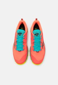 Saucony - PEREGRINE 10 - Běžecké boty do terénu - vizired/citron - 3