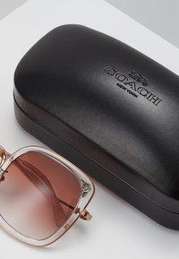 Coach - Sunglasses - shiny rose gold-coloured/pink - 2