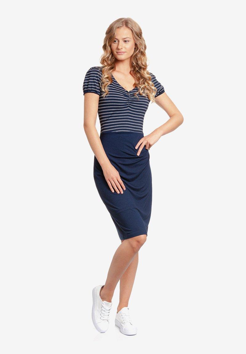 Vive Maria - Shift dress - blau allover