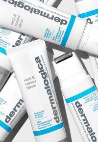 Dermalogica - NECK FIT CONTOUR SERUM - Serum - - - 4
