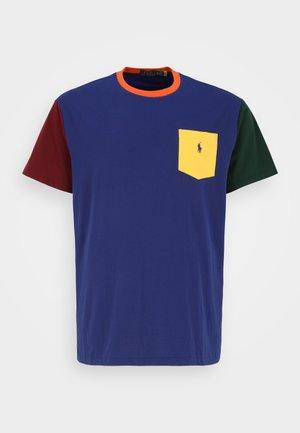 SHORT SLEEVE  - Print T-shirt - fall royal multi