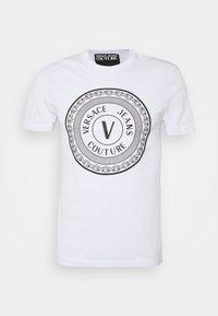 Versace Jeans Couture - MOUSE - Camiseta estampada - white - 6