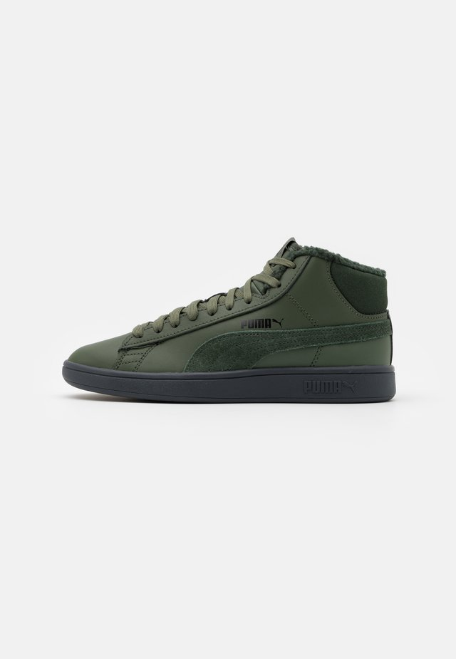 SMASH V2 MID UNISEX - High-top trainers - thyme/black/dark shadow
