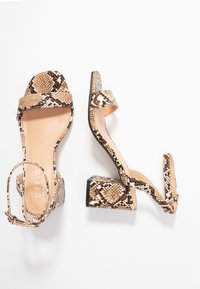 Office Wide Fit - MILLIONS WIDE FIT - Sandals - brown - 3