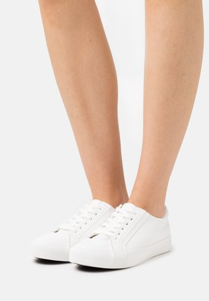 VEGAN EMMY RETRO RISE - Trainers - white