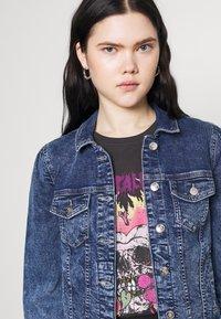 ONLY - ONLTIA LIFE  - Denim jacket - medium blue denim - 4