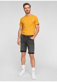 s.Oliver - Denim shorts - dark grey - 1