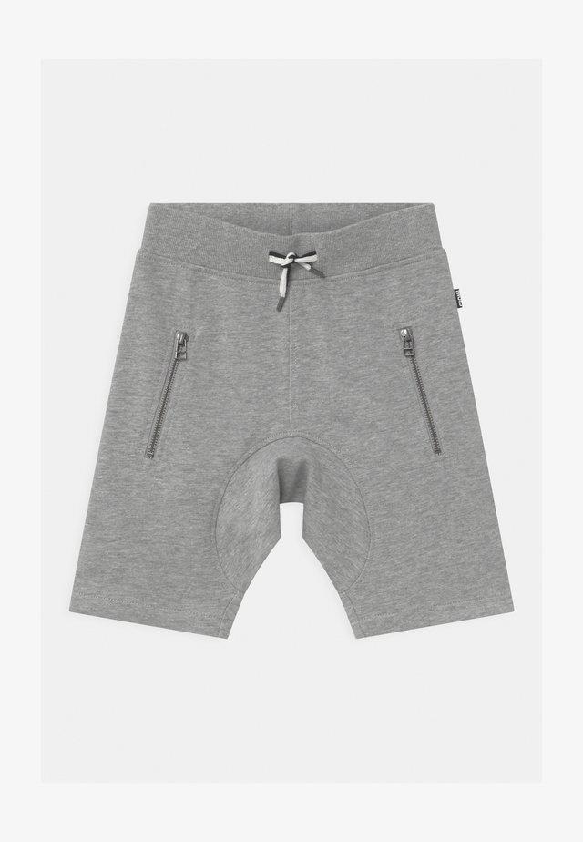 ASHTON SHORT - Tracksuit bottoms - grey melange
