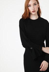 Madam-T - KAZIMIRA - Shift dress - schwarz - 4