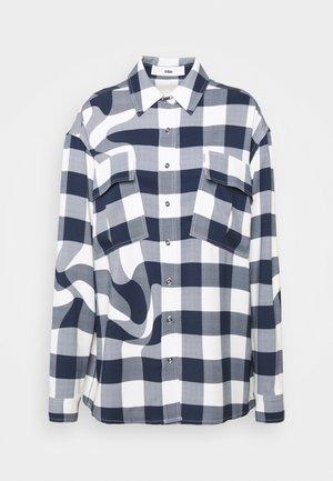CHECK MATE - Overhemdblouse - white/blue