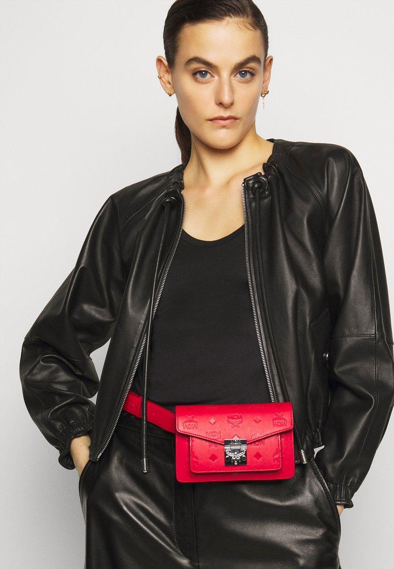 MCM - Bum bag - viva red