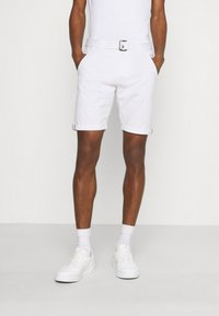 INDICODE JEANS - KAISER CHINO EXCLUSIV - Shorts - offwhite - 0