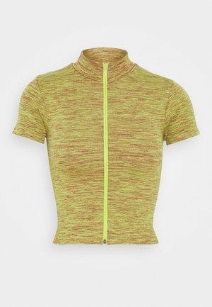 ZIP THROUGH FUNNEL NECK - Print T-shirt - space dye khaki