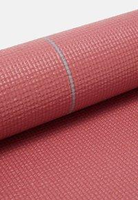 Casall - EXERCISE MAT BALANCE - Fitness / yoga - comfort pink - 3