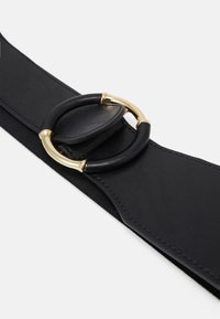 Pieces - PCKAINA WAIST BELT - Pásek - black/gold-coloured