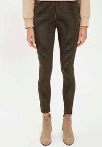 DeFacto - Pantaloni - black - 0