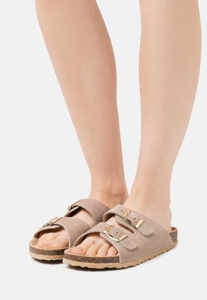 BIABETRICIA BUCKLE  - Mules - sand