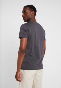 Esprit - ICON 2 PACK - T-shirt z nadrukiem - anthracite - 2