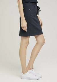 TOM TAILOR - MIT KORDELZUG - A-line skirt - sky captain blue - 2