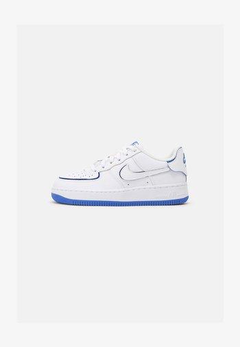 AF1/1 BG UNISEX - Sneakers - white/royal blue