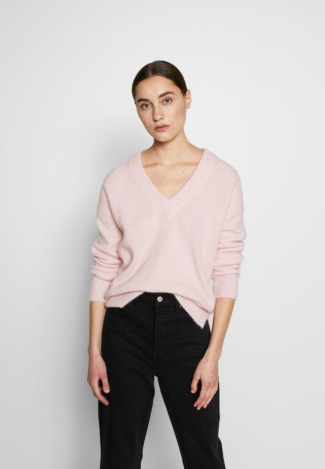 PAPINAIW VNECK - Sweter - pearl blush