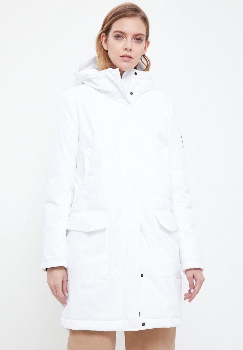 Finn Flare - Winter coat - white
