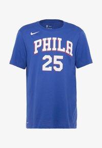Nike Performance - NBA PHILADELPHIA 76ERS BEN SIMMONS NAME NUMBER TEE - Print T-shirt - rush blue - 5